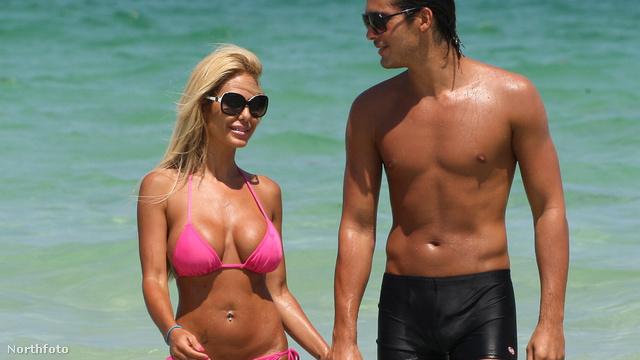 Shauna Sand és férje, Laurent Homburger Miami egyik strandján