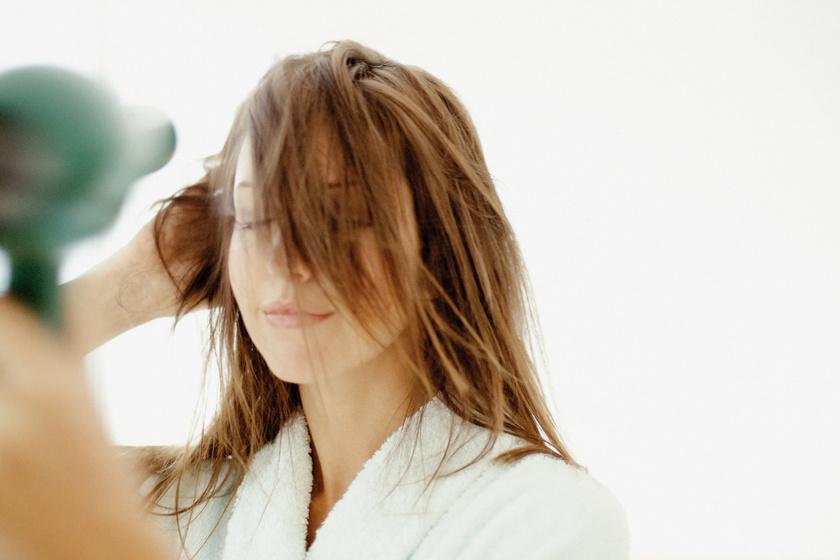 hajat-szarit-hajszaritas-haj
