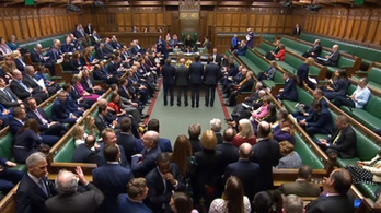 Az angol alsóház véglegesen is elfogadta a brexittörvényt