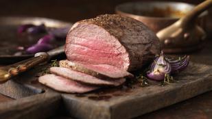 Parmezános csirke, bélszín és marhanyelv – 10 húsétel, amiket simán beilleszthetsz az újévi diétádba