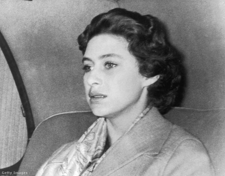 II. Erzsébet húga, Margit hercegnő.