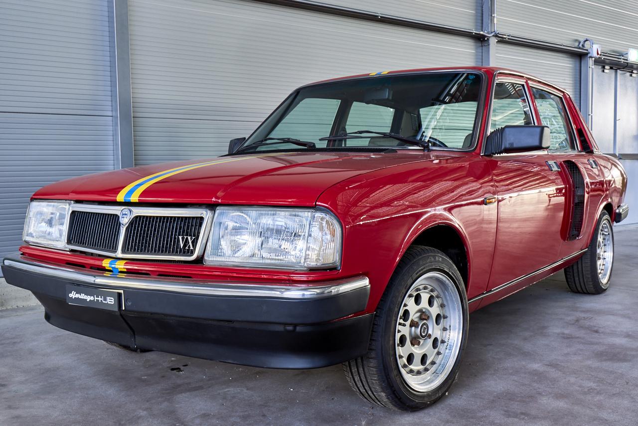 Lancia Trevi VX, azaz Volumex. Kétszer. Ebben a kísérleti kocsiban ugyanis két egyforma, négyhengeres kétezres motor van, kompresszorral. Gyakorlatilag megduplázták az első futóművet, motort és váltót – Giorgio Pianta műve erős volt és gyors, de túl nehéz, nem sikerült leváltania a 037 raliautót.