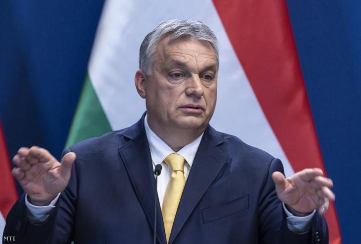 Orbán Viktor a 2020. január 9-i kormányinfón