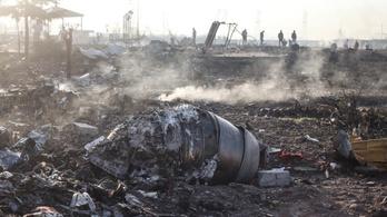 Gyűlnek a bizonyítékok az utasszállító lelövésére, Irán tagad