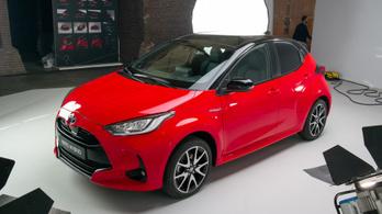 SUV-t készít a Yarisból a Toyota