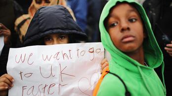 Tíz év alatt több mint tízezer gyerek menekült Nagy-Britanniába