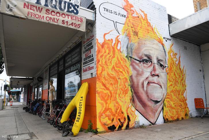 Scott Morrison ausztrál miniszterelnököt ábrázoló falfestmény a Melbourne-tõl keletre fekvõ Tottenhamben 2020. január 7-én.