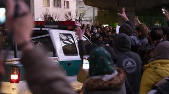 Tüntetők és rendőrök csaptak össze Teheránban a második demonstráción
