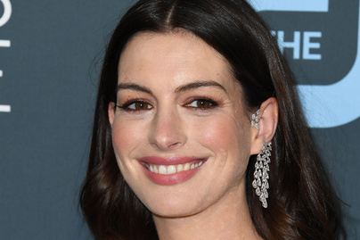 anne-hathaway-cover