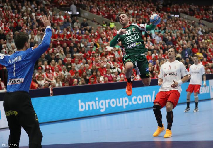 Hornyák Péter gólt lõ