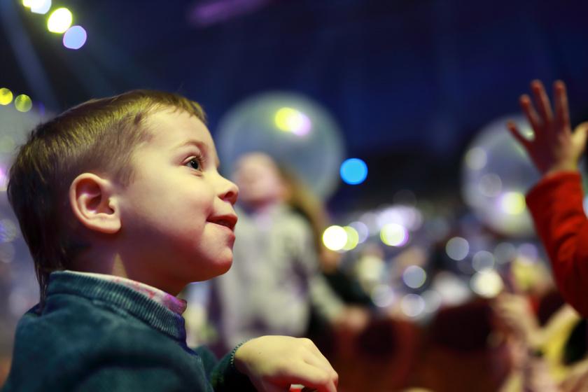 Nyomozás a színházban, izgalmas bábmesék - Lebilincselő programok gyerekeknek