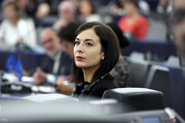 Cseh Katalin a Momentum képviselője az Európai Parlament (EP) plenáris ülésén Strasbourgban 2019. július 16-án
