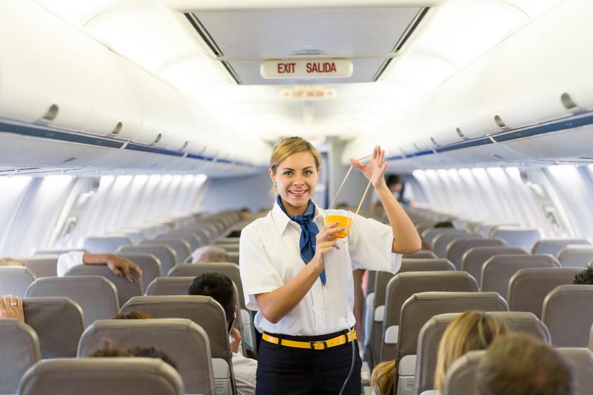 Az oxigénmaszkok mindössze 12-15 percig nyújtanak oxigént. Azonban nem kell megijedni, általában a pilótának sokkal kevesebb ideig tart biztonságos magasságba ereszkedni a géppel. A legfontosabb, hogy vészhelyzetben az utasok gyorsan felhelyezzék a készüléket, mert alacsony kabinnyomás esetében csupán 30 másodperc alatt elájulhatnak.