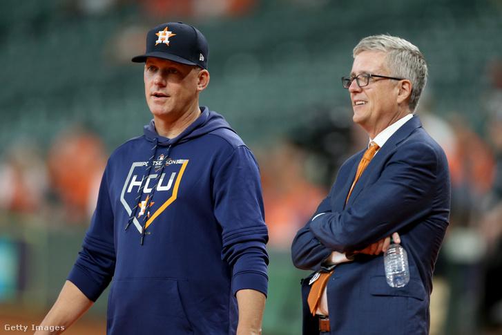 A.J. Hinch és Jeff Luhnow, akik belebuktak az Astros csalási botrányába.
