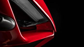 A Ducati már kiértesítette a csókosait a Superleggera V4-ről