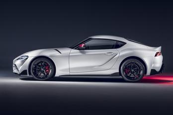 Tavasszal jön a négyhengeres Toyota Supra