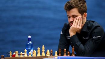 Új veretlenségi világcsúcsot állított fel a sakksztár Carlsen