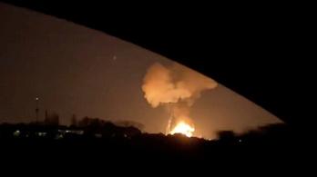 Kilométerekről is látni lehetett a felrobbant spanyol vegyi üzemből felcsapó lángokat