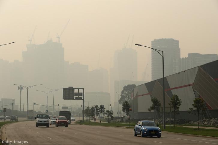 A bozóttüzek füstjében úszik Melbourne is, ahol az Australian Opent rendezik