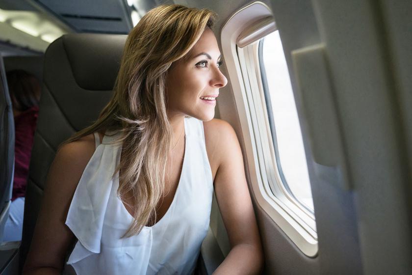 5 dolog, amit sose viselj repülőn a stewardessek szerint: van, amelyik a trombózisveszélyt is növeli
