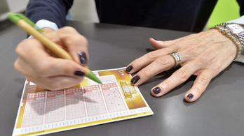 10 milliárdot nyert az Eurojackpoton, de esze ágában sincs abbahagyni a lottózást