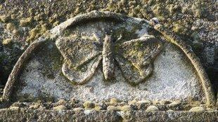 Szabadkőműves sír a székesfehérvári Csutora temetőben