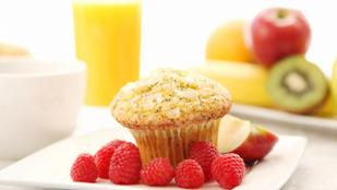 Reggelire, utazáshoz és desszertként is tökéletes: mákos muffin citromos túróval és zabkorpával