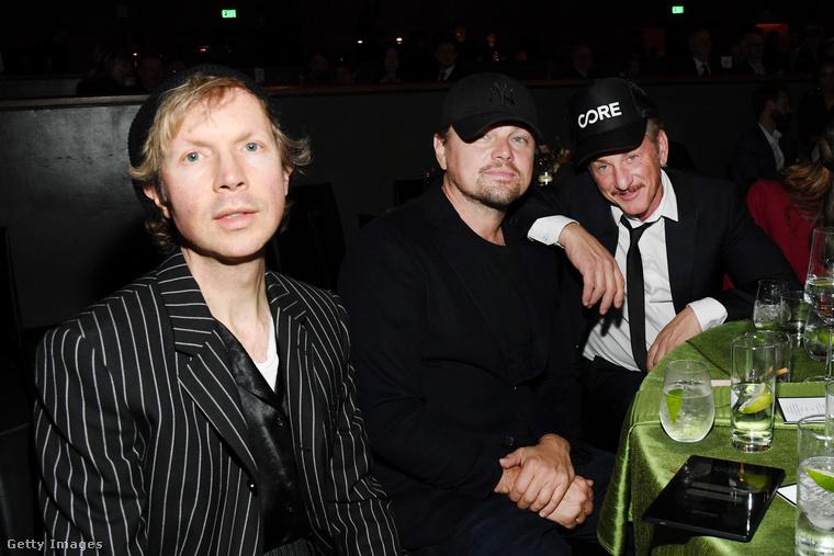 A háttérben Sean Penn mellett Leonardo DiCapriót nyilván ön is azonnal felismerte, a kép előterében pedig Beck látható
