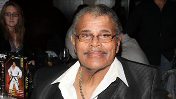 Meghalt Rocky Johnson, az első fekete WWE-pankrátor, Dwayne Johnson apja