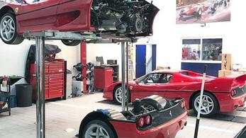 Orbitális szívás a Ferrari F50 kuplungcseréje