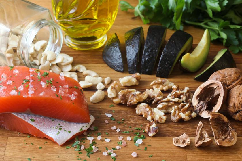 Csökkenti a rák és a szívbetegség kockázatát: mennyi ómega-3 zsírsavra van szükség, és miben van nagyon sok?