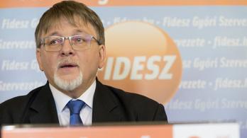 A választásokig törölte privát Facebook-fiókját a Fidesz győri polgármesterjelöltje