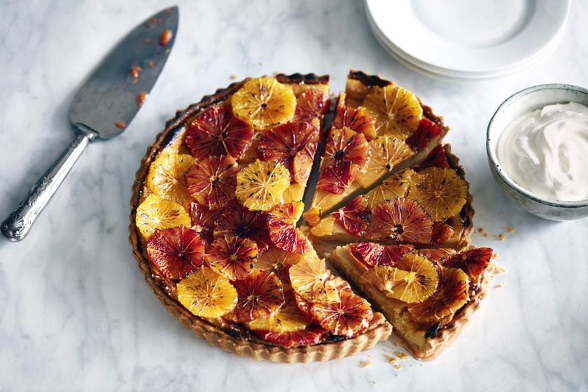 Könnyed túrós, narancsos pite: omlós tésztával, lágy krémmel