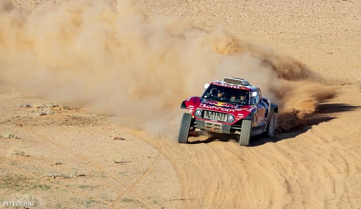 Sainz 57 évesen lett háromszoros Dakar-győztes