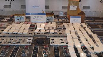 80 kilós kokainszállítmányt találtak egy Boeingen Buenos Airesben