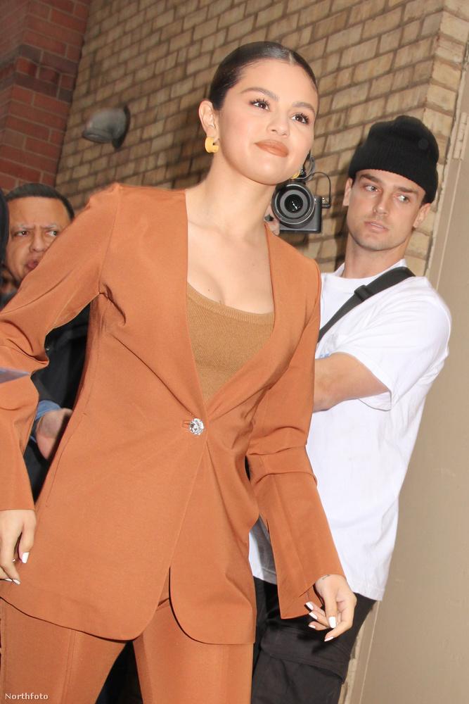 5 év után új albummal jelentkezett Selena Gomez