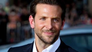 Bradley Cooper egy volt kolléganőjével flörtölt