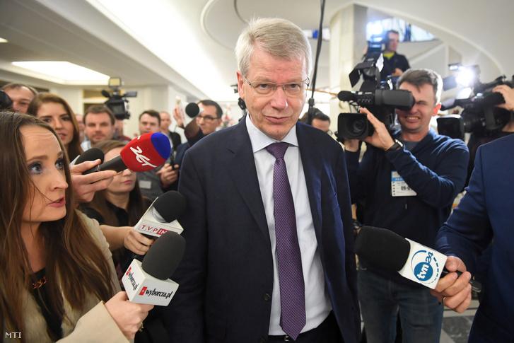 Thomas Markert a Velencei Bizottság tagja a lengyel parlamenti alsóházba látogat Varsóban 2020. január 9-én. A Velencei Bizottság küldöttsége ezen a napon kezdte meg lengyelországi látogatását hogy a bíróságok működését érintő törvénymódosításokról tájékozódjék.