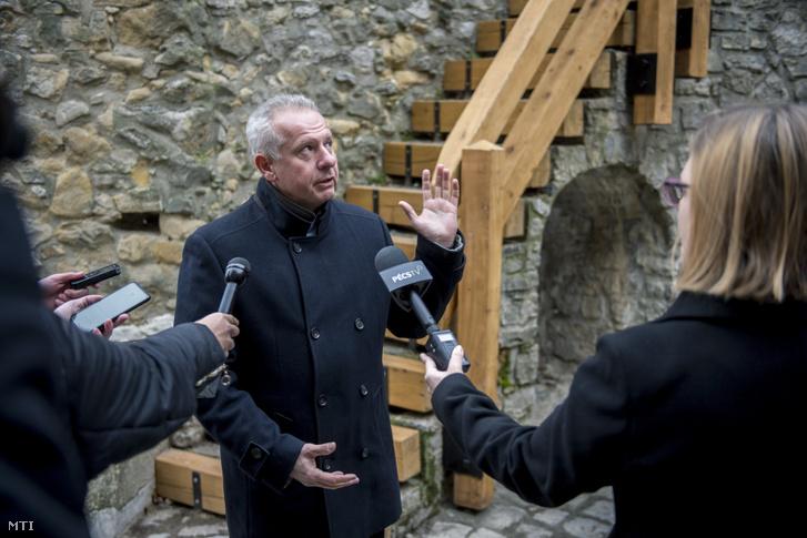 Péterffy Attila pécsi polgármester