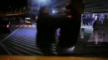 Kirúgták a ferihegyi biztonsági őrt, aki megütött egy taxist