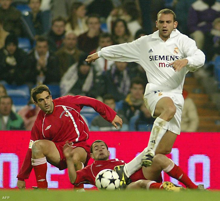 Raúl Bravo 2003-ban a Real Madrid egyik kupameccsén