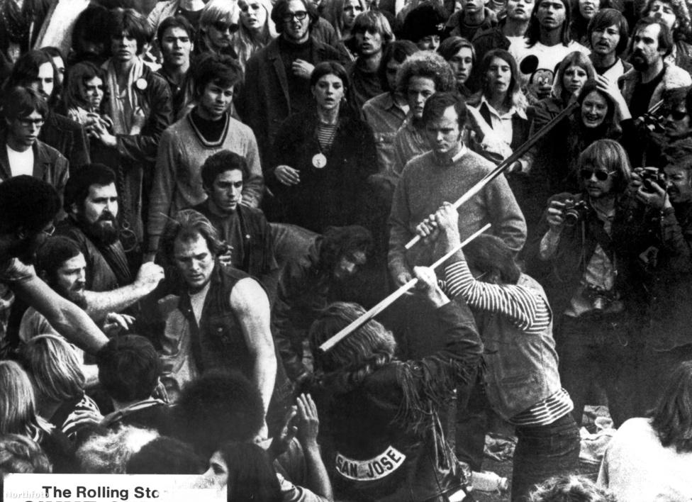 Az egyik legnagyobb botrány a Rolling Stones körül a csapat által szervezett 1969-es altamonti koncert volt, amire a zenekar a hírhedt Hells Angels motorosbandát hívta biztonsági személyzetnek. A gangtagok az egész fesztivál alatt agresszíven viselkedtek, majd a Stones koncertjén együk agyonszúrta a 18 éves Meredith Huntert, aki pisztollyal hadonászott az első sorban.