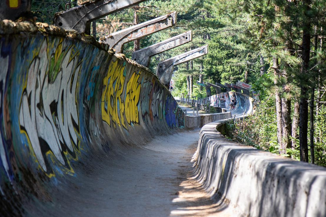 Az egykori bobpálya, amit simán lehet, hogy jelen állapotában többen látogatnak, mint az olimpia alatt.