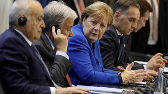 A líbiai konfliktusban érdekelt országok megígérik, hogy mostantól betartják a fegyverembargót