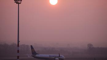 33 ezer euró mélyalvási díjat szabtak ki a légitársaságokra