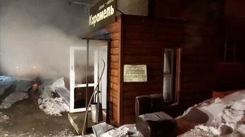 Öten meghaltak, mikor egy orosz szállodában forró víz öntötte el az alagsort