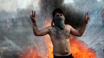 Véres összecsapások az iraki tüntetők és rendőrök között