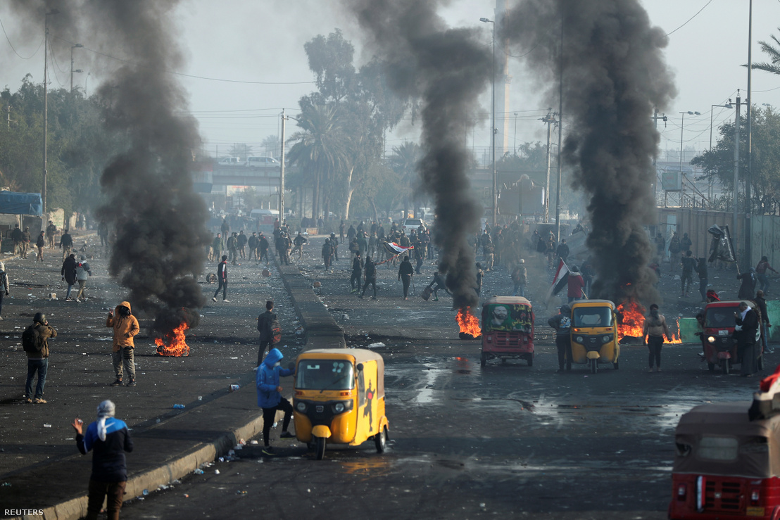 2020-01-20T085237Z 728847304 RC2KJE9CBLYB RTRMADP 3 IRAQ-PROTEST