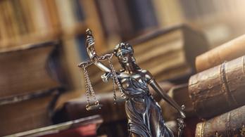 Van, ahol külön bűncselekmény, ha a bíróság döntését nem tartják be