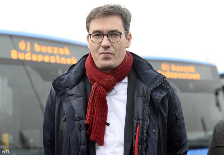 Karácsony Gergely főpolgármester a BKV Zrt. új Mercedes-Benz Conecto Next Generation típusú autóbuszainak forgalomba állítása alkalmából tartott rendezvényen a társaság dél-pesti telephelyén 2020. január 20-án.
